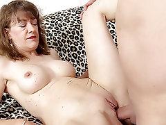 Výstřik, Tvrdé sex, Zralé ženy, Onanie