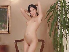 Tvrdé sex, Bradavky, Malé prsa